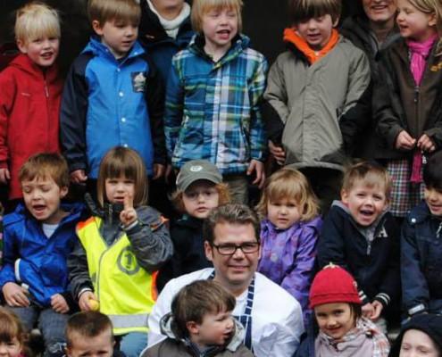 Gruppenbild Lenschen Sohn mit KID e.V. Kindergarten Catering Düsseldorf